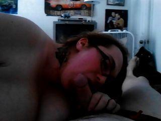 गर्म पैंटी में मेरे पति चूसने चूसने