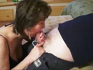 (कोल्गितकुम्दायाना) परिपक्व महिला चूसना