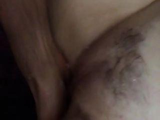 पत्नी squirts जबकि बकवास दोस्त उंगलियों उसे