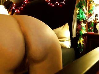 वेबकैम पर अजनबी के लिए milf पत्नी गुदा हस्तमैथुन
