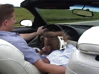 वेन कार में अपने आदमी को बेकार!