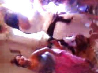 अल्जीरिएन नृत्य घातक
