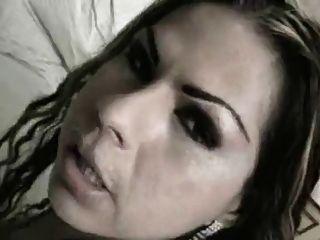ब्राजील किन्नर लड़की गड़बड़ हो जाता है और चेहरे को प्राप्त करता है