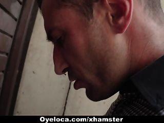 ओयलोका गर्म लैटिना फुटबॉल खिलाड़ी द्वारा गड़बड़