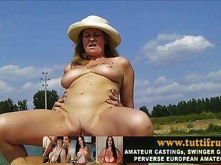 बड़े स्तन यूरो milf के साथ सार्वजनिक पॉर्न कास्टिंग