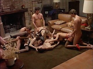 ऑक्सीटाज़ोन फैटेल (1992) एंजेलिका बेला से नंगा नाच