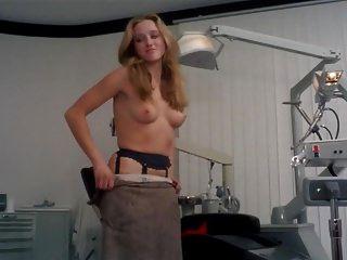 एपेनसियानाटा से ऑनेला म्यूटी एलोोनोरा गॉर्गी नग्न दृश्य
