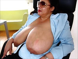 स्वादिष्ट स्तन, अद्भुत महिलाओं 2