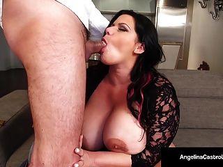 क्यूबा के एडिनाना castro एक blowjob देता है और त्रिगुट सेक्स है !!
