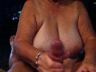 दादी माँ दे रही है पीओवी