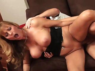 प्राकृतिक स्तन के साथ bblonde परिपक्व अच्छा fucks (शीर्ष परिपक्व)