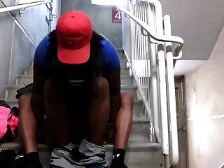 पकड़ा जनता में डिक चूसने