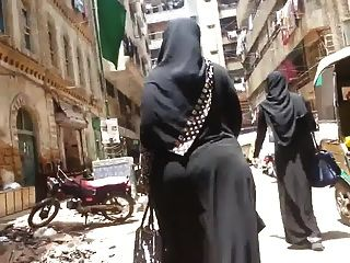 बीबीडब्ल्यू गधा हिजाब अरब