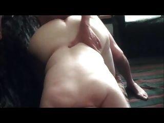 गलफुला फूहड़ माया नग्न कुत्ते