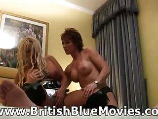 ब्रिटिश milf