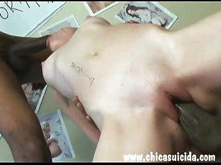 गर्म रेड इंडियन उसे बिल्ली दो वसा काले लंड द्वारा बढ़ाकर मिला