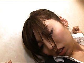 झपकीदार कार्यालय महिला जा रहा चाटना