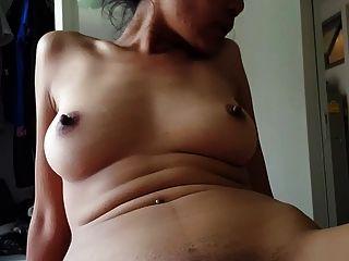 थाई प्रेमिका creampied