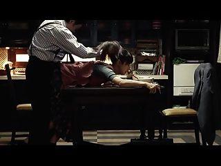 mysterr जापानी पत्नी पति को प्रस्तुत