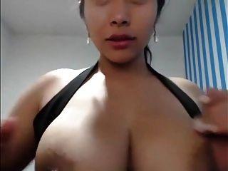 निप्पल का घंटा 100 बड़ी निप्पल वाली महिलाओं