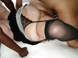 मोटल बकवास और चूसना में 2 अजीब बीबीसी स्टड के साथ पत्नी