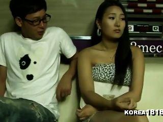 कोरिया 1818.com सेक्सी पूल हॉल लड़की