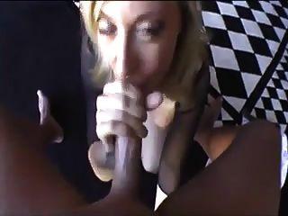 नीना हार्टले, मुंह के साथ चैंपियन !!!