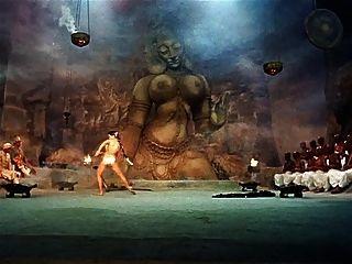 सांप नृत्य विंटेज कामुक नृत्य तंग (कोई नग्नता नहीं)