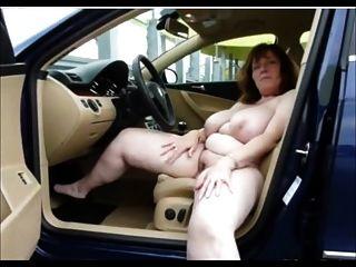 जर्मन बड़े स्तन परिपक्व हस्तमैथुन पर कार