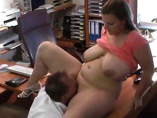 मोटी जर्मन तालाब कार्यालय में गड़बड़