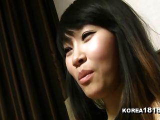 कोरिया 1818.com सचमुच गर्म कोरियाई बेब धूम्रपान