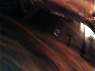 चीनी लड़की कार में बकवास