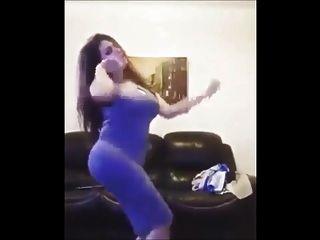 गर्म अरब अरबी नृत्य पेट नृत्य घर मिस्र में