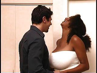 विशाल स्तन के साथ आबनूस सौंदर्य बकवास hets