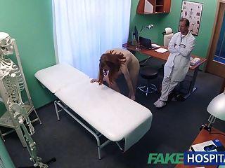 fakehospital खूबसूरत गर्म रूसी किशोर बिल्ली पाला हो जाता है