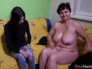omahunter बूढ़े बिल्ली dildo के साथ fucked