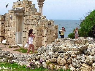 सीरीसोनसस में जेनी स्मिथ