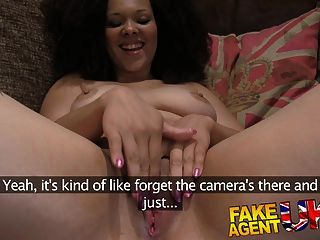 काली में बड़े स्तन के साथ चिकनी चेहरे के लिए fakeagentuk चेहरे