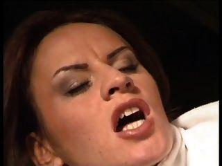 दास ल्यूडर (2000)