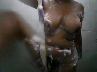 श्रीलंकाई स्नान लड़की भाग 2