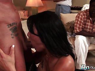 पत्नी zoey डिक लेता है