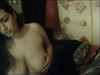 बड़े स्तन के साथ मोटा कैमरा बेब