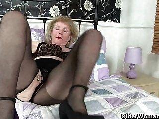 सबसे अच्छा ब्रिटिश grannies भाग 1