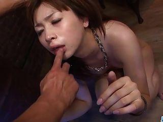 गंदे स्तन के साथ गंभीर अश्लील खेलने Mami yuuki