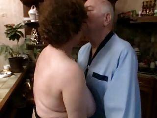 फ्रेंच दादी ओल्गा और पति