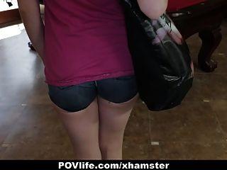 povlife पतली बेब पूल टेबल पर fucked