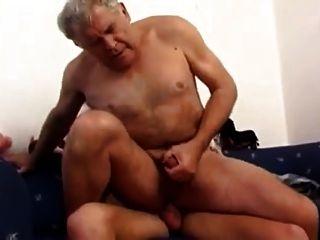 लड़का बूढ़े आदमी fucks
