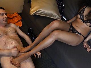 भाग्योरोज 007 सेक्स के बाद एंड्रिया डिप्र की गेंदों को किक करता है