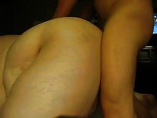 सुंदर पेट के साथ सेक्सी एसएसबीबीड मुश्किल हो जाता है