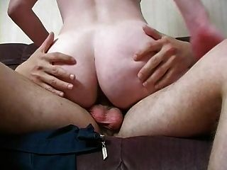 एक सनसनाटी गधे के साथ विधवा मां बहकाया और गड़बड़